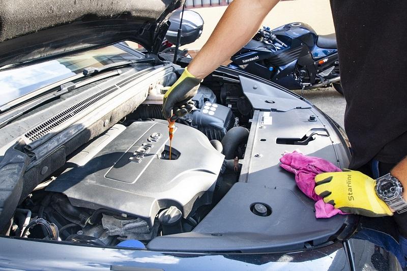 Automobilsko motorno ulje